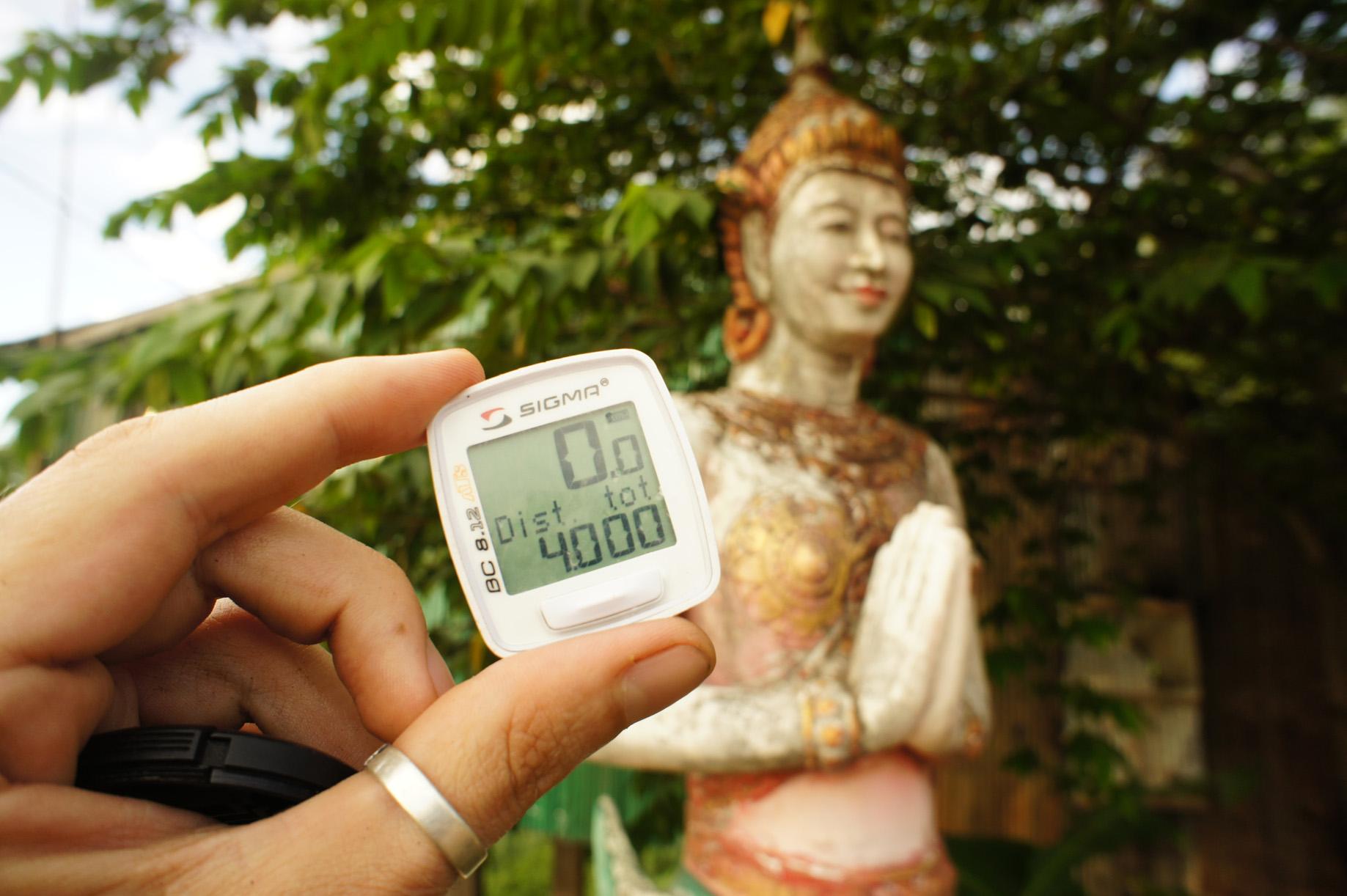 4000 km , 1 malade et plein de manger