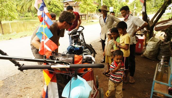 Au Coin de la Roue AUDIO – 27e épisode : Le khmer pour les nuls