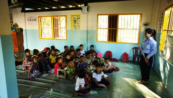Au Coin de la Roue AUDIO – 29th episode : At cambodian school
