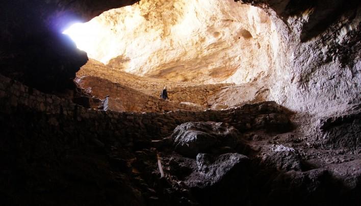 On a marché dans la grotte